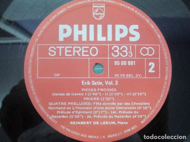 Discos de vinilo: ERIK SATIE VOL 3. OEUVRES DE JEUNESSE POUR PIANO REINBERT DE LEEUW, PIANO. LP VINILO. PHILIPS 1981 - Foto 7 - 98588847