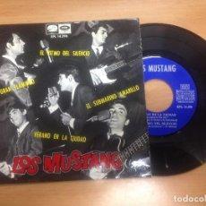 Discos de vinilo: EP LOS MUSTANG /SUBAMARINO AMARILLO/EL GRAN FLAMINGO/VERANO EN LA CIUDAD/EL RITMO DEL SILENCIO. Lote 98744791