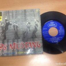 Discos de vinilo: EP LOS MUSTANG/ MI VIDA/ Y VOLVAMOS A MI AMOR/UN MUNDO SIN AMOR/CONOCERTE MEJOR . Lote 98744871