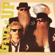 Discos de vinilo: ZZ TOP ?– GIVE IT UP MAXI-33 USA 1991 WARNER BROS RECORDS. Lote 98874271