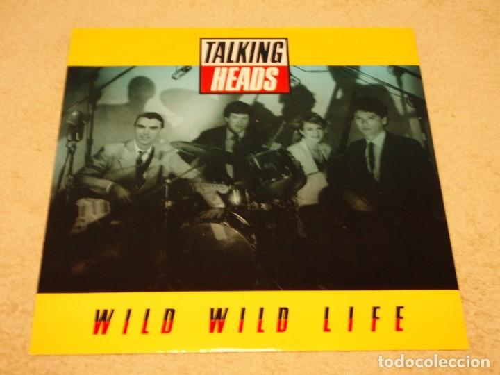 TALKING HEADS ( WILD WILD LIFE 2 VERSIONES - PEOPLE LIKE US ) 1986-ENGLAND MAXI45 EMI (Música - Discos de Vinilo - Maxi Singles - Pop - Rock - New Wave Extranjero de los 80)