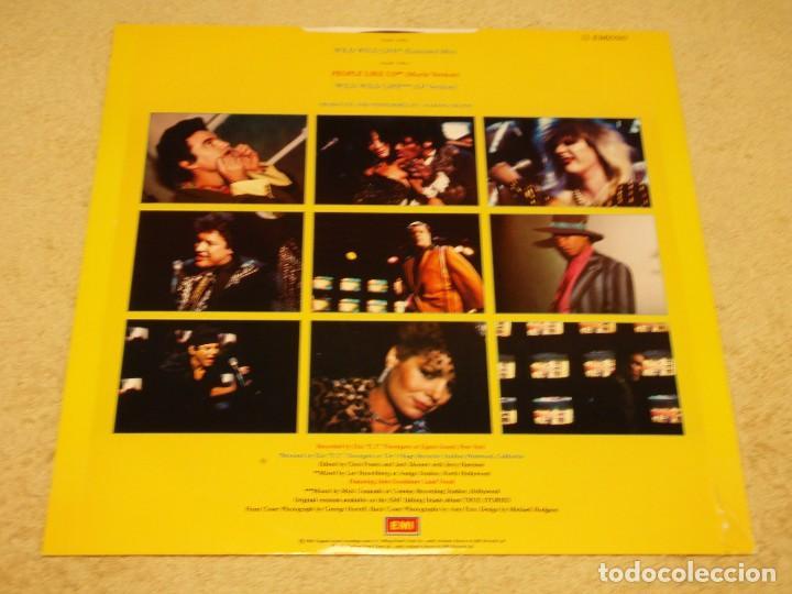 Discos de vinilo: TALKING HEADS ( WILD WILD LIFE 2 VERSIONES - PEOPLE LIKE US ) 1986-ENGLAND MAXI45 EMI - Foto 2 - 98933303