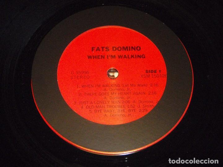 Discos de vinilo: FATS DOMINO ( WHEN IM WALKING ) USA-1979 LP33 COLUMBIA - Foto 4 - 99309587