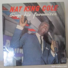 Discos de vinilo: NAT KING COLE, SINGS HIS FAVORITES. WORLD RECOR CLUB, INGLATERRA. TP 82. Lote 102975632
