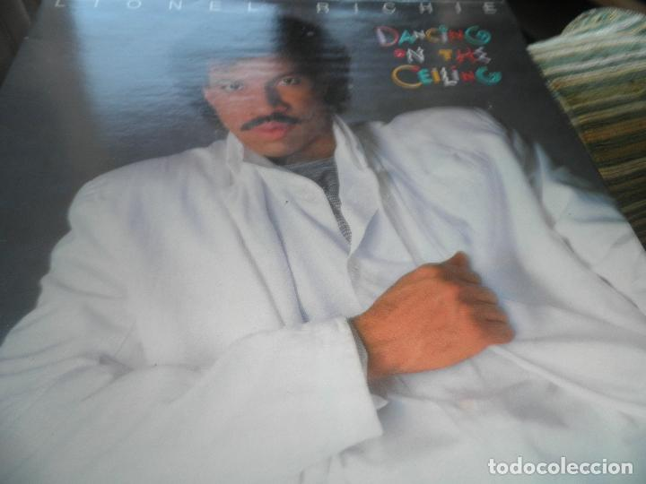 Discos de vinilo: LIONEL RICHIE - DANCING ON THE CEILING LP - ORIGINAL ESPAÑOL - MOTOWN 1986 - FUNDA INT. ORIGINAL - - Foto 9 - 141569782