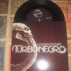 Discos de vinilo: TURBONEGRO – LOCKED DOWN/ DENIN DEMON(2003-BURNING HEART) RARO OG SWEED NUEVO KACTUS. Lote 102242515