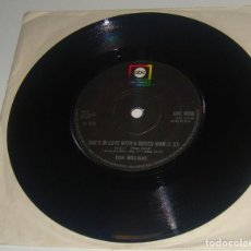 Discos de vinilo: SINGLE- DON WILLIAMS - I RECALL A GYPSY WOMAN / SHE'S IN LOVE WITH A RODEO MAN - MADE IN UK -. Lote 102716531