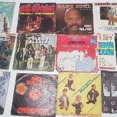Discos de vinilo: VINILO SINGLE 7 45 RPM , LOTE DE 73 DISTINTOS , CON LAS CARATULAS DESGASTADAS. Lote 103441175