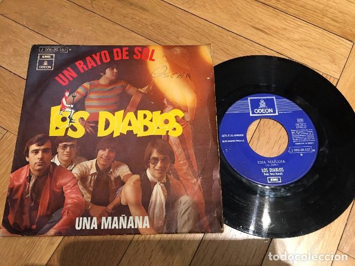 VINILO SINGLE LOS DIABLOS UN RAYO DE SOL UNA MAÑANA ODEON (Música - Discos - Singles Vinilo - Flamenco, Canción española y Cuplé)