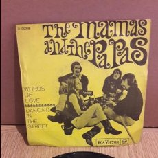 Discos de vinilo: THE MAMAS AND THE PAPAS / WORDS OF LOVE / SINGLE / RCA VICTOR-1961 / MBC. ***/***. Lote 103610927