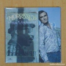 Discos de vinilo: MORRISSEY - I´M THROWING MY ARMS AROUND PARIS / DEATH OF A DISCO DANCER - SINGLE. Lote 103748794