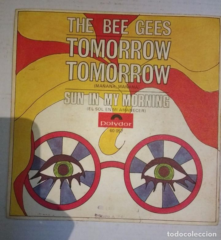 BEE GEES, TOMORROW TOMORROW / SUN IN MY MORNING (Música - Discos - Singles Vinilo - Pop - Rock Extranjero de los 50 y 60)