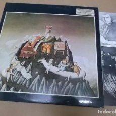 Discos de vinilo: KING CRIMSON (LP) THE YOUNG'S GUIDE TO KING CRIMSON AÑO 1975 – DOBLE DISCO CON PORTADA ABIERTA + LIB. Lote 104517459