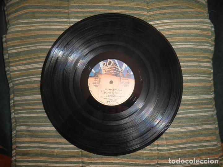 Discos de vinilo: GENE CHANDLER - GET DOWN LP - ORIGINAL ESPAÑOL - 20TH CENTURY FOX RECORDS 1979 - MUY NUEVO(5) - Foto 8 - 104618099
