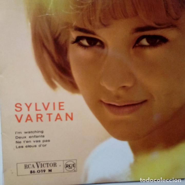 SYLVIE VARTAN- I´M WATCHING- NE T´EN VAS PAS + 2- FRENCH EP 1963- VINILO EXC. ESTADO. (Música - Discos de Vinilo - EPs - Canción Francesa e Italiana)