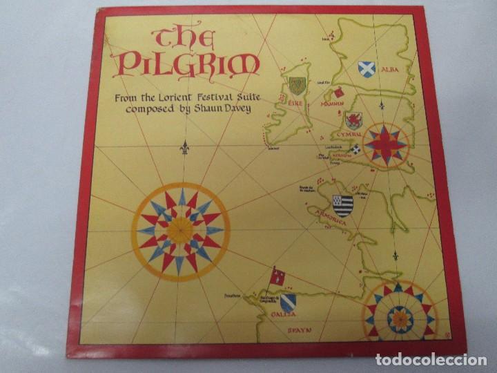 Discos de vinilo: THE PILGRIM. FROM THE LORIENT FESTIVAL SUITE COMPOSED BY SHAUN DAVEY. LP VINILO 1984. - Foto 2 - 104744951