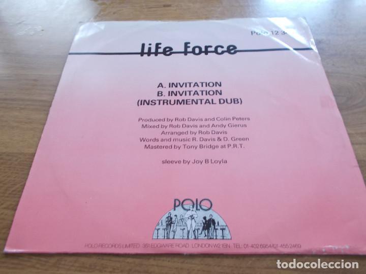 Discos de vinilo: LIFE FORCE. INVITATIÓN.MAXI - Foto 2 - 104961275