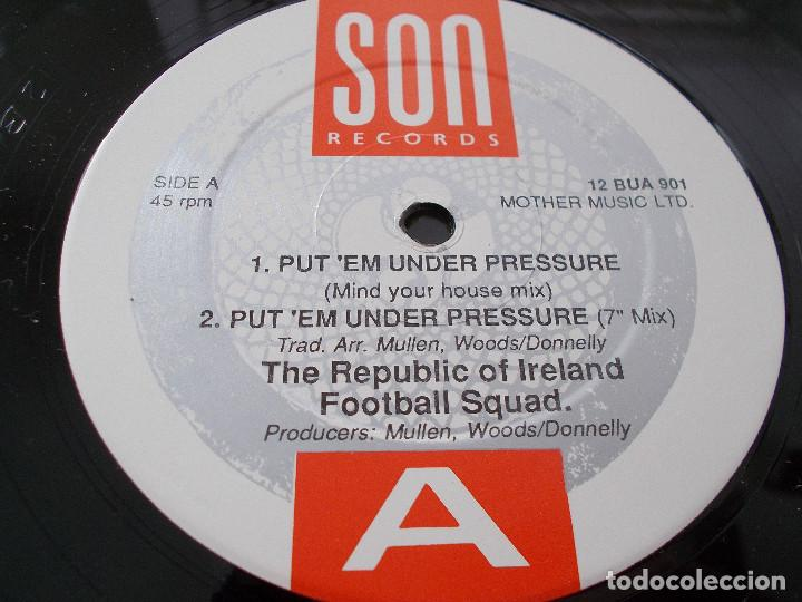 Discos de vinilo: REPUBLIC OF IRELAND SQUAD. PUT´EM UNDER PRESSURE. - Foto 6 - 105338419