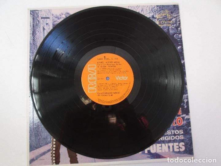 Discos de vinilo: MIGUEL ACEVES MEJIA. CANTA...LOS HUAPANGOS DE ORO. COMPUESTOS RUBEN FUENTES. LP VINILO 1966 - Foto 3 - 106644667