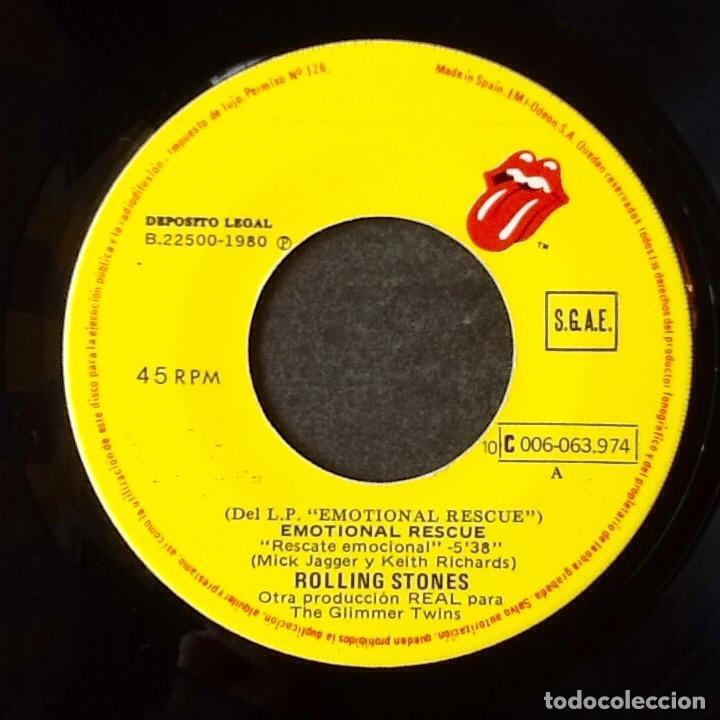 Discos de vinilo: THE ROLLING STONES : EMOTIONAL RESCUE [ESP 1980] 7' - Foto 3 - 106732347