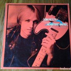 Discos de vinilo: TOM PETTY AND THE HEARTBREAKERS -LONG AFTER DARK- 1982 MCA 250414-1 MUY BUENAS CONDICIONES. Lote 107653351