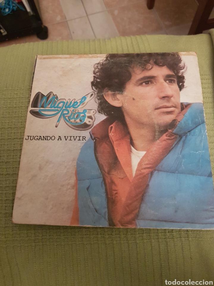 MIGUEL RIOS - JUGANDO A VIVIR / DEL GRIS AL AZUL - SINGLE (Música - Discos de Vinilo - Maxi Singles - Rock & Roll)
