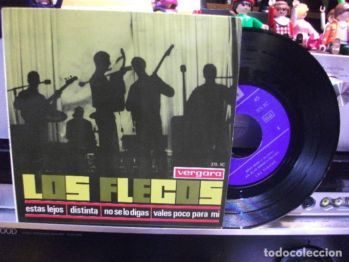 LOS FLECOS DISTINTA/ ESTAS LEJOS + 2 EP SPAIN 1965 PEPETO TOP (Música - Discos de Vinilo - EPs - Grupos Españoles 50 y 60)
