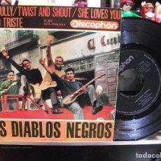 Discos de vinilo: LOS DIABLOS NEGROS SHE LOVES YOU / TWIST & SHOUT EP SPAIN 1964 PEPETO TOP . Lote 108237363