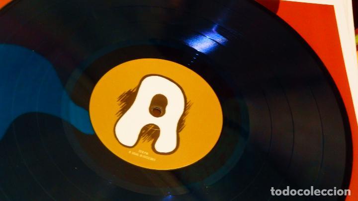 Discos de vinilo: JOAQUIN PASCUAL ( Surfin Bichos ) * LP Vinilo color * Una nueva Psicodelia * Precintado - Foto 3 - 195345317