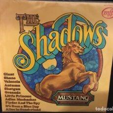 Discos de vinilo: THE SHADOWS - MUSTANG - LP. Lote 108740376