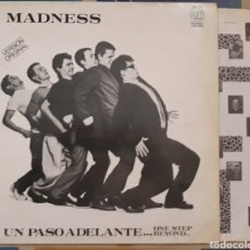 Discos de vinilo: MADNESS - UN PASO ADELANTE. Lote 108831116
