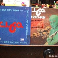 Discos de vinilo: C.J.&CO (2) DEVIL'S GUN + WE GOT OUR OWN SINGLE SPAIN 1977 PDELUXE. Lote 108847599