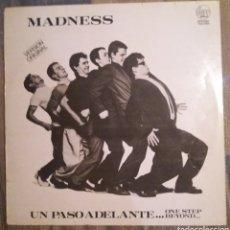 Discos de vinilo: MADNESS - UN PASO ADELANTE. Lote 108935086