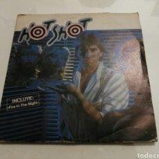 Discos de vinilo: HOT SHOT- FIRE IN THE NIGHT/HOT SHOT- EDIGSA 1982 ESPAÑA 6. Lote 109451548