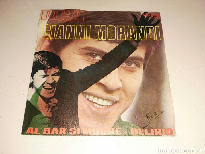 GIANNI MORANDI- AL BAR SI MUORE/DELIRIO- RCA 1971 ESPAÑA 6 (Música - Discos - Singles Vinilo - Canción Francesa e Italiana)