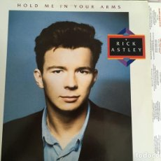 Discos de vinilo: LP RICK ASTLEY-HOLD ME IN YOUR ARMS. Lote 110108559