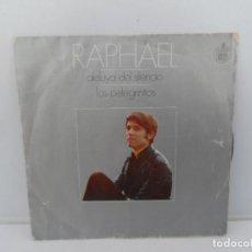 Discos de vinilo: RAPHAEL SINGLES VINILO HISPAVOX. Lote 269679323