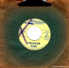 Discos de vinilo: VIC DANA - THE PRISONER'S SON G + A VOICE IN THE WIND SINGLE NO COVER USA RARO. Lote 110307535