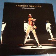 Discos de vinilo: MAXI SINGLE DISCO VINILO FREDDIE MERCURY LIVING ON MY OWN. Lote 110563359