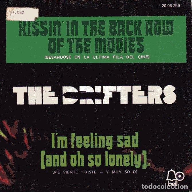 The Drifters Besandose En La Ultima Fila Del Comprar Discos
