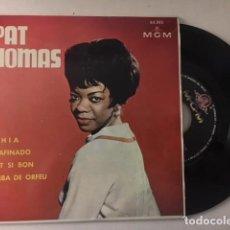 Discos de vinilo: PAT THOMAS ?– BAHIA / DESAFINADO / C'EST SI BON / SAMBA DE ORFEU / EP MGM 62.505 - 1963. Lote 111693283