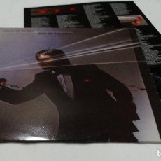 Discos de vinilo: CHRIS DE BURGH - MAN ON THE LINE LP 1984 + ENCARTE. Lote 112649627
