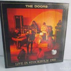 Discos de vinilo: THE DOORS. LIVE IN STOCKHOLM 1968. 3 LPS VINILO AZUL. SPECIAL SELECTION. PIG RECORDS 1989. Lote 112663139