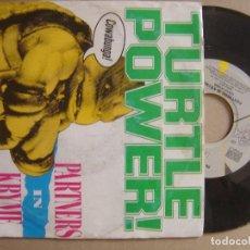 Discos de vinilo: PARTNERS IN KRYME - TURTLE POWER + SPLINTERS - SINGLE ITALIANO SBK 1990. Lote 112993343
