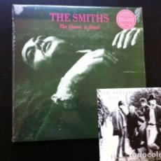 Discos de vinilo: LOTE THE SMITHS -THE QUEEN IS DEAD LP + LIVE IN MANCHESTER EP VINILO MORISSEY . Lote 113097347