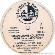 Discos de vinilo: URBAN COOKIE COLLECTIVE – HIGH ON A HAPPY VIBE - 12' BLANCO Y NEGRO 1994. Lote 113406499