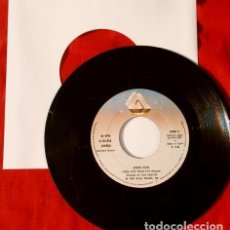 Discos de vinilo: STRAY CATS (SINGLE 1981) ROCK THIS TOWN - CAN'T HURRY LOVE - BRIAN SETZER - ROCKABILLY - KAT MEN. Lote 113419199