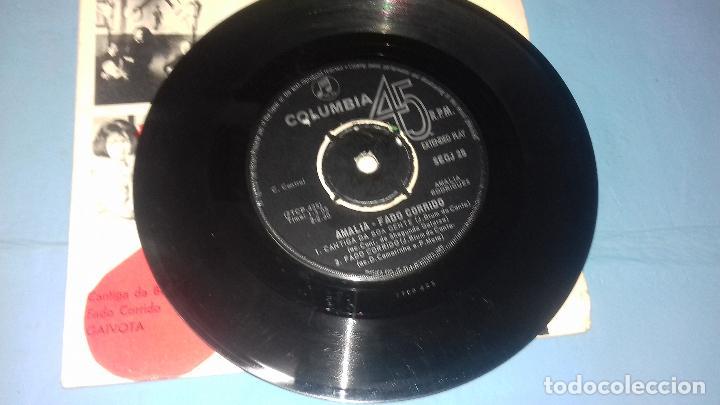 Discos de vinilo: EP SINGLE DE AMALIA FAMOSA PORTUGUESA POR SU FADOS - Foto 11 - 113426435