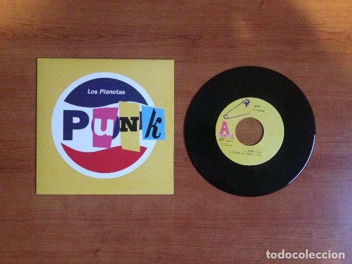 LOS PLANETAS - PUNK (PRIMERA EDICIÓN 1996 POP NÚMERO DE COPIA #879) (Música - Discos de Vinilo - EPs - Grupos Españoles de los 90 a la actualidad)