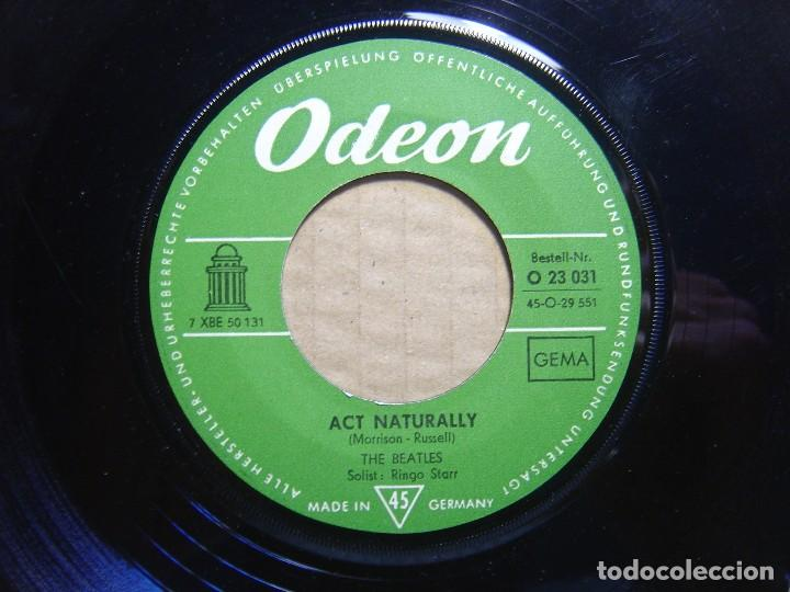 Discos de vinilo: THE BEATLES - Yesterday + Act naturally - SINGLE ALEMAN - ODEON - Foto 2 - 114191923